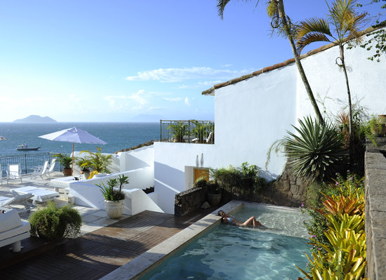 Casas Brancas Boutique Hotel & Spa. Simple elegance.