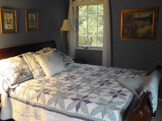 Highland House Bed & Breakfast: Spring -room