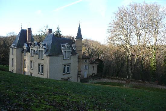 Chateau de Bonnevaux : Our castle (I wish!)
