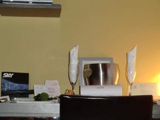 Stylish Room: Prosecco offerto dall'hotel