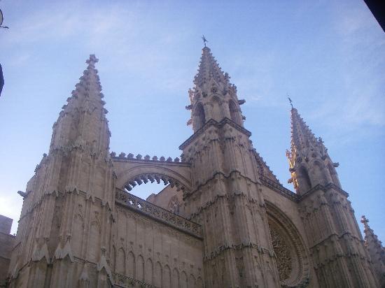 Palma Cathedral Le Seu : gioco di guglie