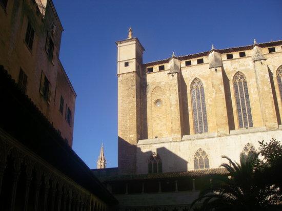 Basilica de Sant Francesc: vista dal chiostro