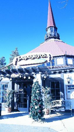 El Papagayos Mexican Restaurant & Cantina: nice historic structure