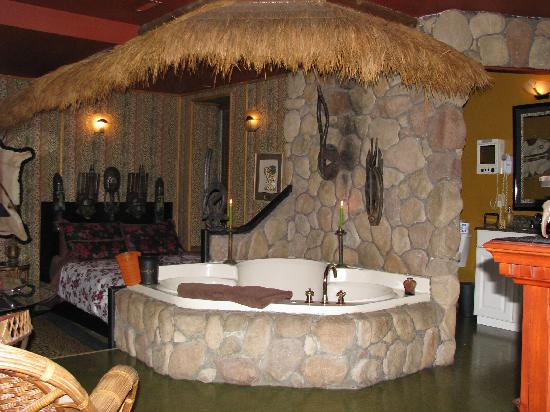 Mariaggi's Theme Suites Hotel and Spa: Africa suite