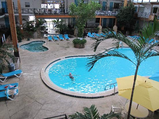 Perry's Ocean Edge Resort: indoor heated pool