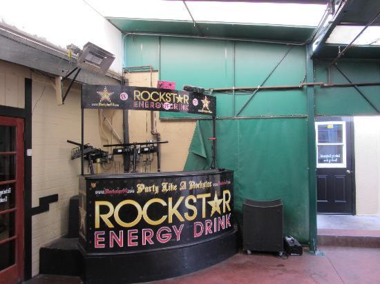 Pappy McGregor's : DJ's at night