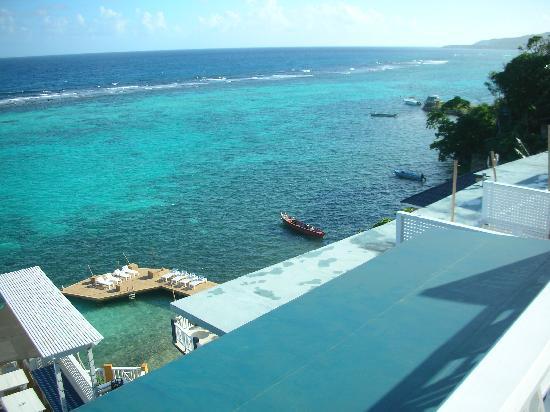 Moxons Beach Club: vue sur le lagon...