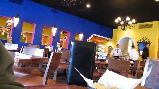 El Torito Mexican Restaurant : interior