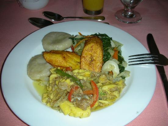 Runaway Bay Heart Hotel: petit déjeuner jamaïcain