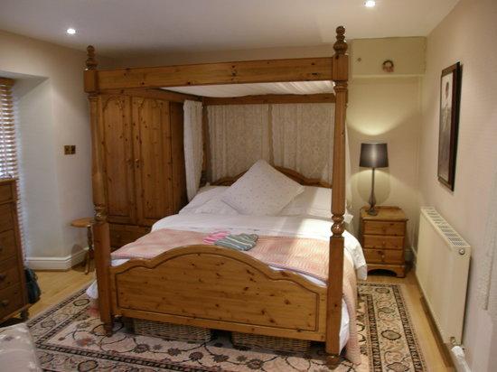 Ty-Llwyd Bed & Breakfast