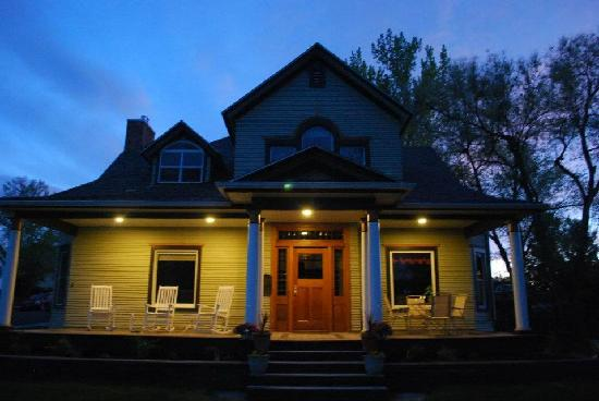 Residence Hill Bed & Breakfast: Night View