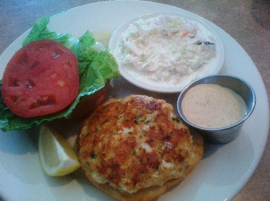 Lisa's Cafe of Madeira: Crabby Patty