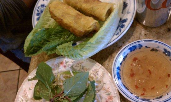 Tan Dinh: Eggrolls