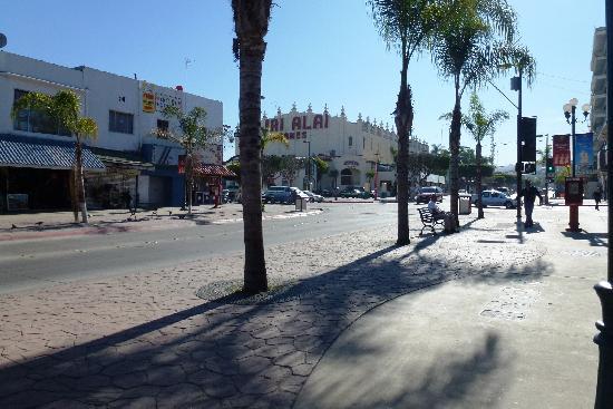 Avenida Revolucion: Tijuana
