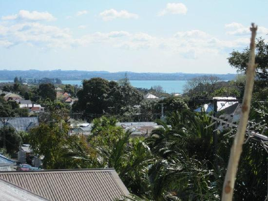 Ponsonby House: The view from our window