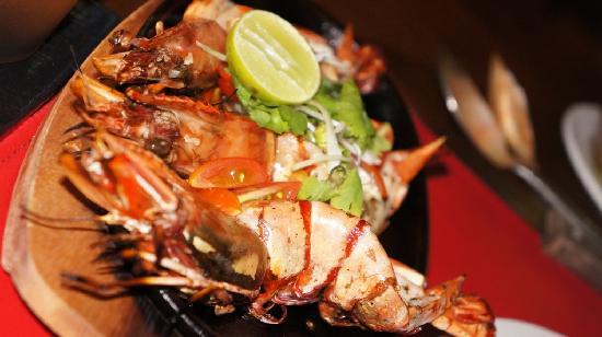 Red Snapper Restaurant & Bar: Grilled King Prawns