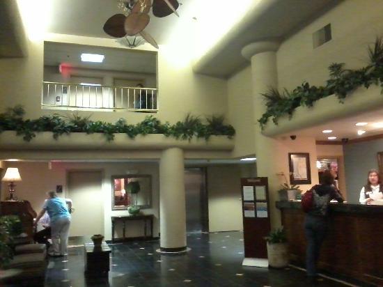 أكسفورد سويتس بورتلاند - جانتزن بيتش: Vista del Lobby