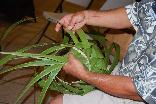 Worldmark Kihei: here's the guy showing us how to weave baskets