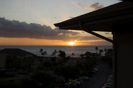 Worldmark Kihei: view from balcony as the sun set