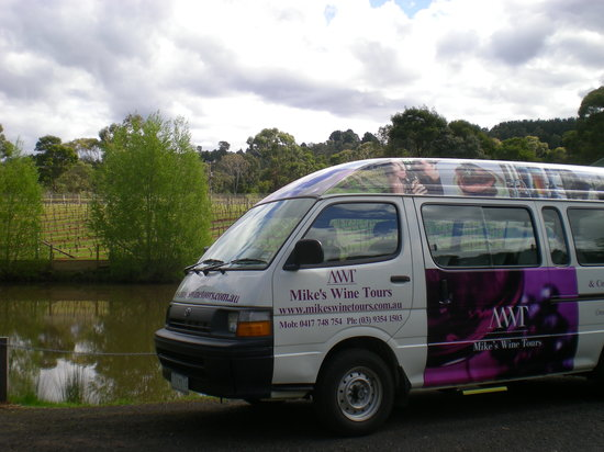 Mike's Wine Tours : Small Group Tours