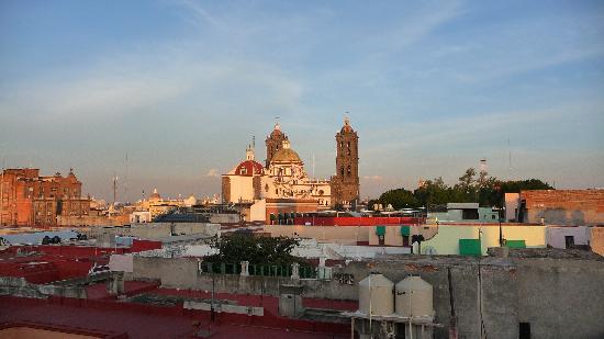 Hotel Colonial de Puebla: Amazing rooftop views of the nearby Cathedral and Zocalo