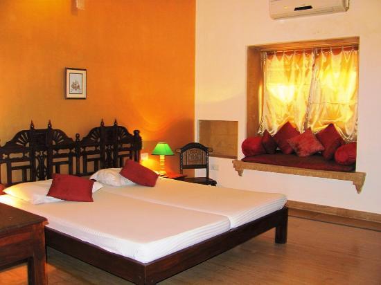Hotel Golden Haveli: Room