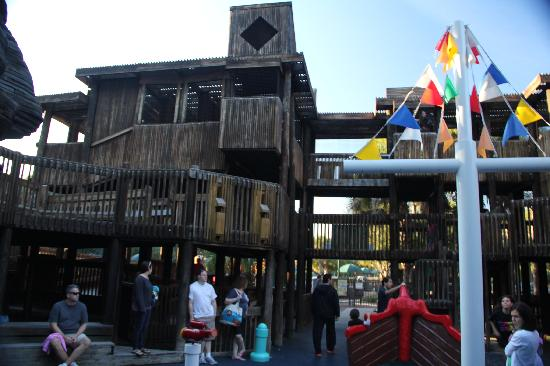 Boca Raton, فلوريدا: Mega-Playground