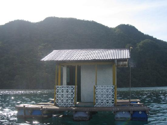 Majika's Island Resort: floating cottage just off Majika beach
