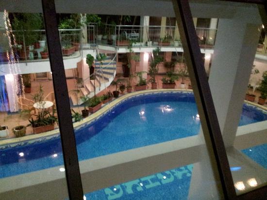 Snezhanka Apartments TMF: The pool