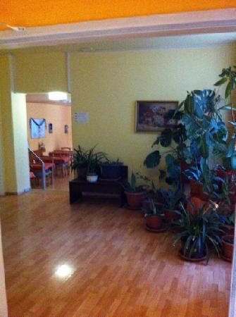 Pension Madara 2 - Hotel in Hernals: ingresso sala colazione