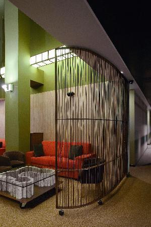 """Salón de lectura  Hotel Aneto""""Las Piedras"""""""