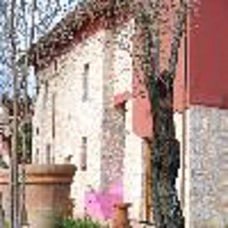 Alatri, Italia: IL GIARDINO DEI MANDORLI