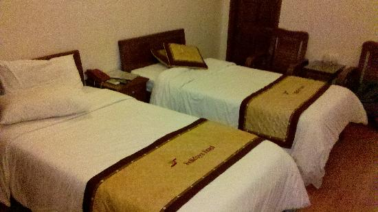 Hanoi Holiday Silver Hotel : Comfortable beds