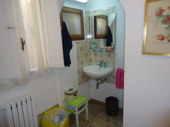 """Hotel Ferretti: """"bagno in camera"""""""