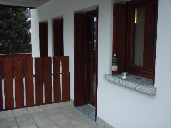 Hotel Bleis : Balcone e Portafinestra