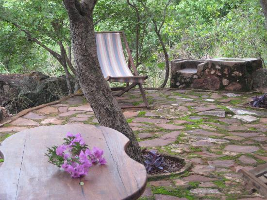Jakobsen's Beach and Guesthouse: Enjoy your sundowners at one of the many lookout points in the forest