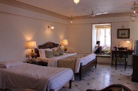 Fateh Prakash Palace: The Room
