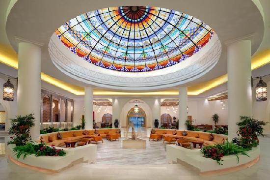 Hilton Marsa Alam Nubian Resort: Reception and Lounge Area