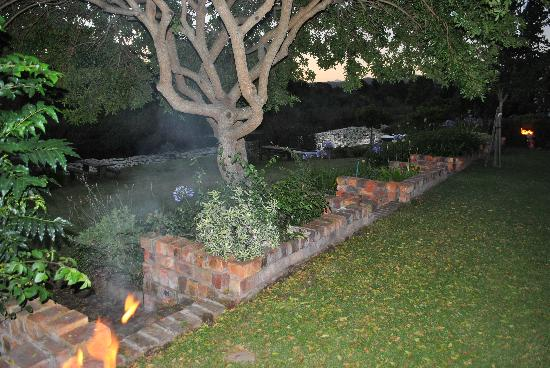 Bitou River Lodge: Braai facilties are great