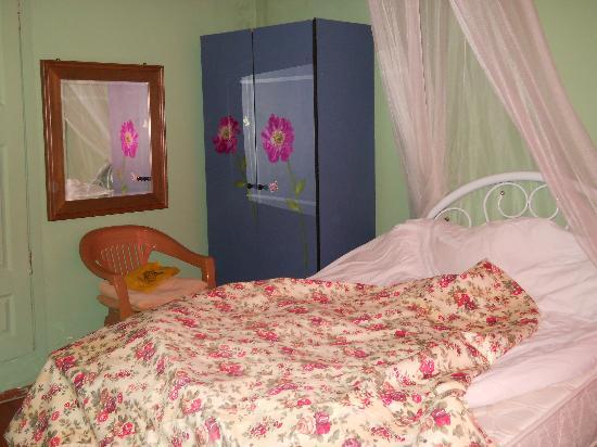 نايلا بالاس: camera da letto
