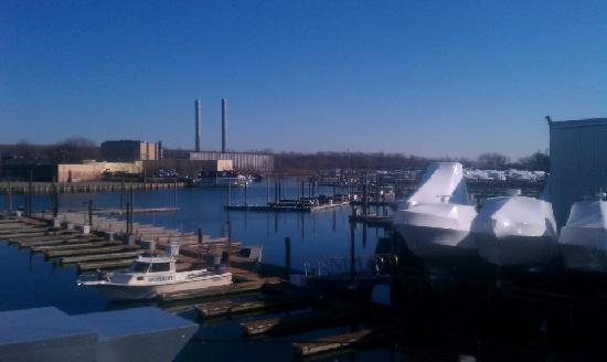 The Freeport Inn and Marina: wht a great window view....