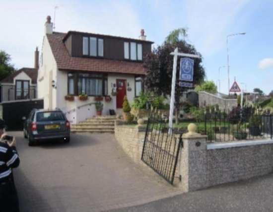 Braeside House: Free Parking 5 minutes from Town