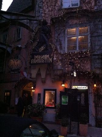 Griechenbeisl Inn: all'imbrunire