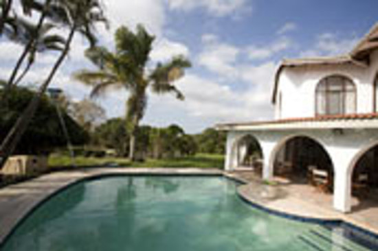 Bizafrika Guest Lodge & Conference Centre: our logde