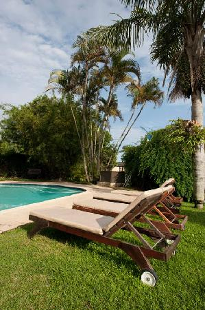 Bizafrika Guest Lodge & Conference Centre: the pool area