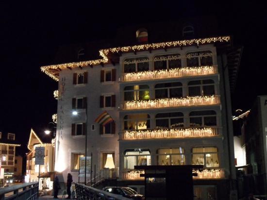 Hotel Faloria: vista notturna