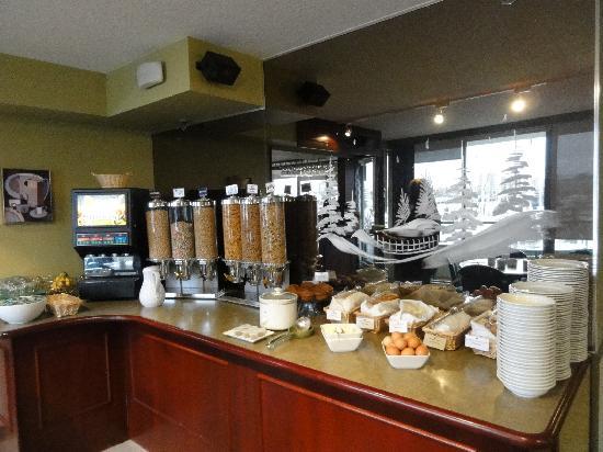 Victoria Regent Hotel: Breakfast