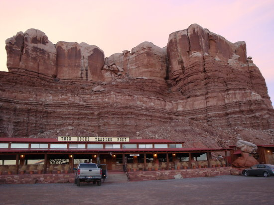 Twin Rocks Trading Post