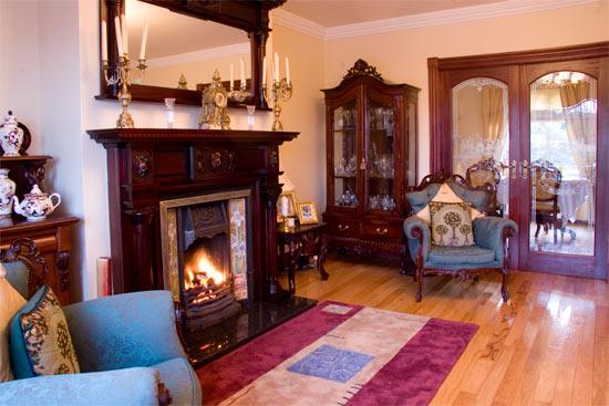 Killererin House B&B: Guest Sitting Room