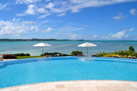 Jumby Bay Island : Pool